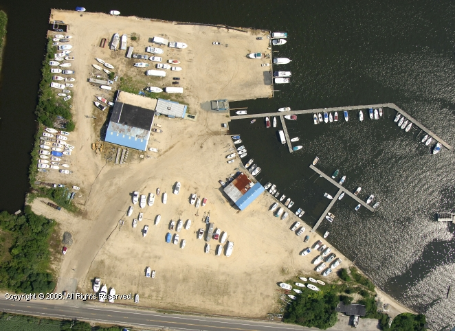 Traders Cove Marina