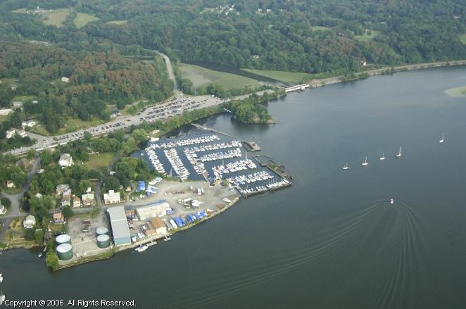 White's Hudson River Marina
