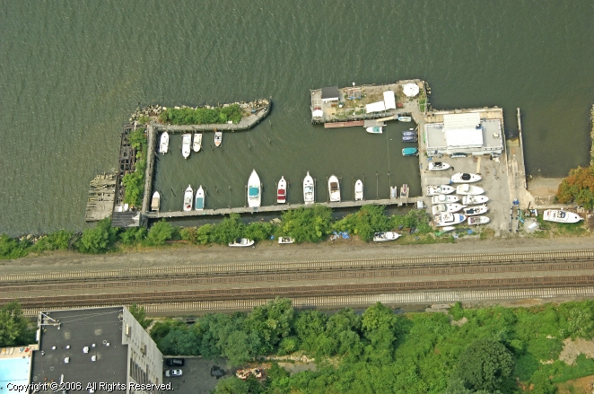 Yonkers (NY) United States  City new picture : Yonkers Yacht Club in Yonkers, New York, United States