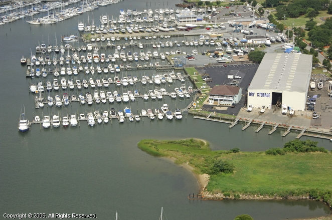 "Little Creek Marina ""A VMG Marina"""