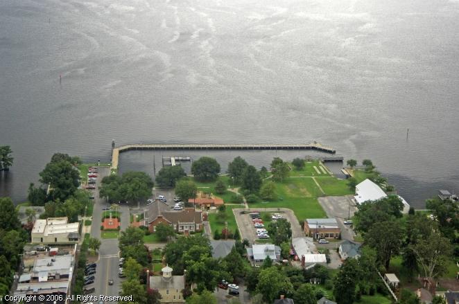 Edenton (NC) United States  City new picture : Edenton Colonial Park Dock in Edenton, North Carolina, United States