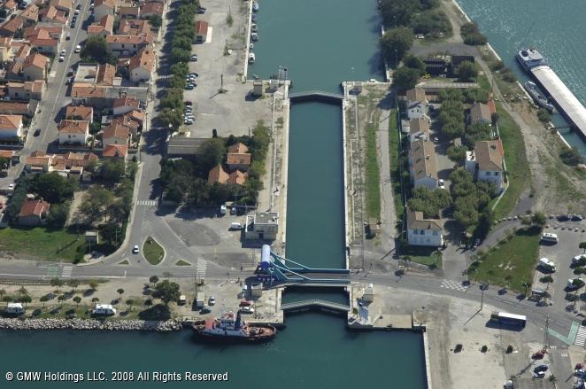 Saint louis du rhone lock port saint louis du rhone france - Port saint louis du rhone info ...