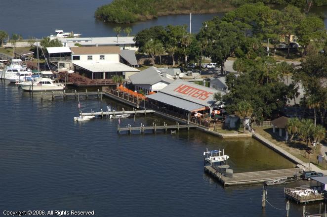 New Port Richey (FL) United States  City new picture : Hooters of Port Richey, Port Richey, Florida, United States