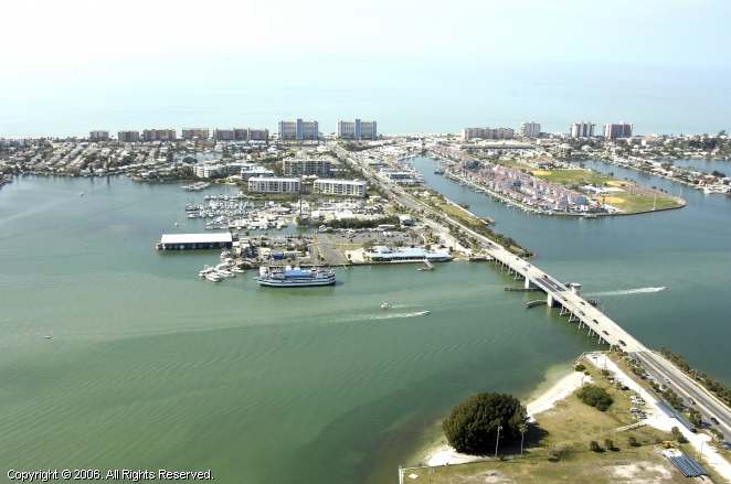 Madeira Beach (FL) United States  City pictures : ... Beach Municipal Marina in Madeira Beach, Florida, United States