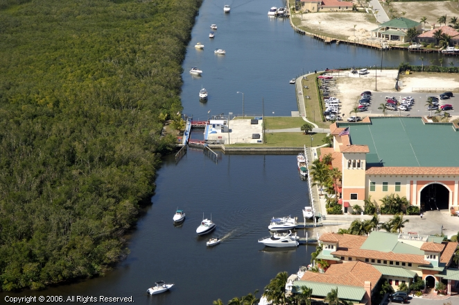 Cape Coral (FL) United States  city pictures gallery : Cape Harbour Lock, Cape Coral, Florida, United States