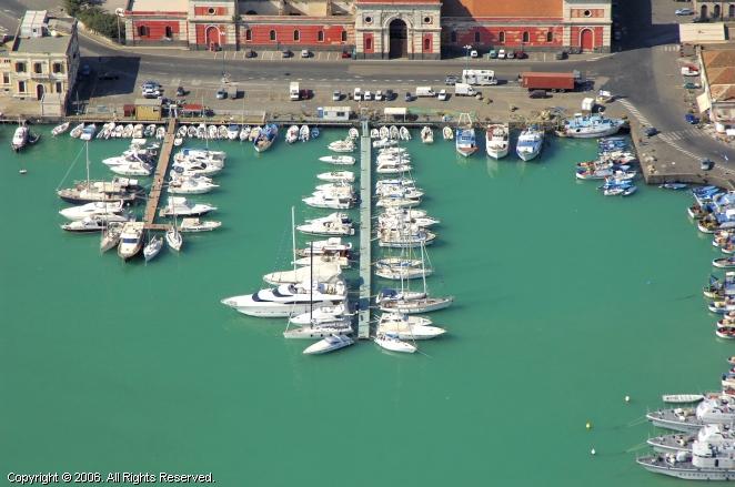 Diporto Nautico Etneo Marina