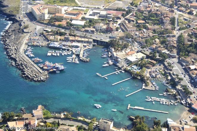 Porto Ulisse Ognina Marina