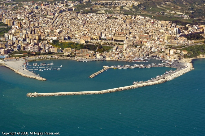 Sciacca Italy  city photos gallery : Sciacca Marina in Sicily, Italy