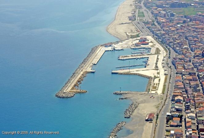 Ciro Marina Italy  city photo : Ciro Marina Port in Calabria, Italy
