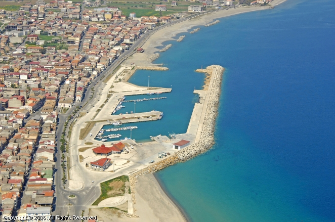 Ciro Marina Italy  City new picture : Ciro Marina Port in Calabria, Italy