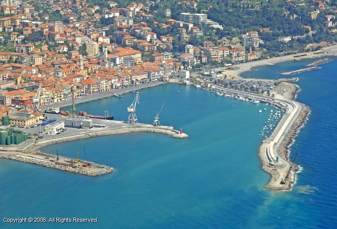 Oneglia marina in liguria italy for Oneglia imperia