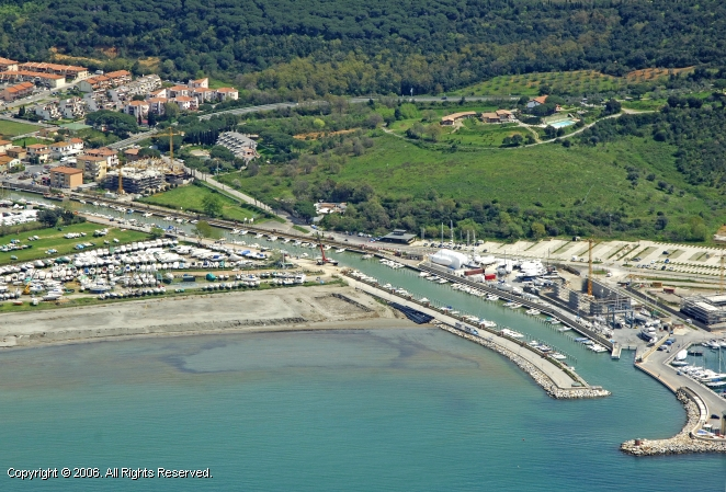 Scarlino Italy  city photos gallery : Portiglione Scarlino Marina in Tuscany, Italy