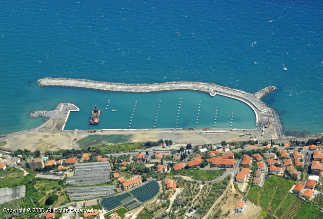 San Lorenzo Al Mare Italy  city images : San Lorenzo Al Mare Marina in Liguria, Italy