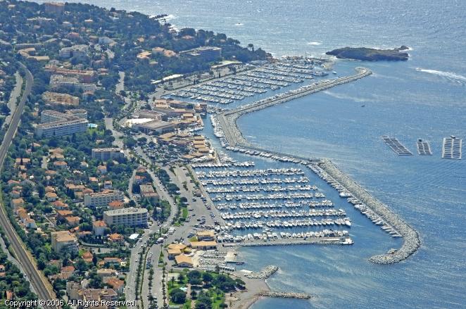 port of santa lucia raphael