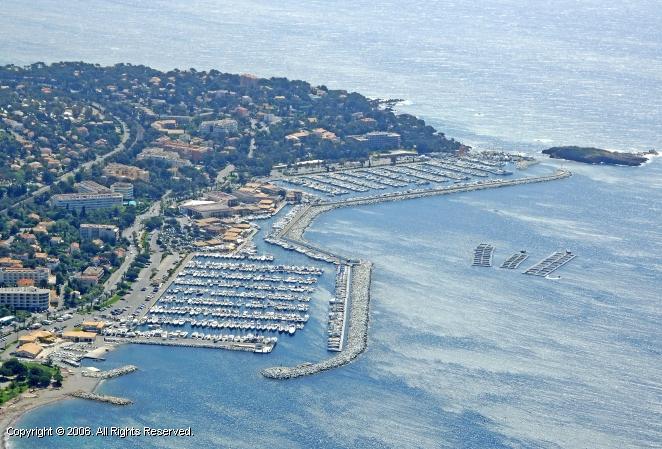 Port of santa lucia saint raphael france - Restaurant port santa lucia st raphael ...