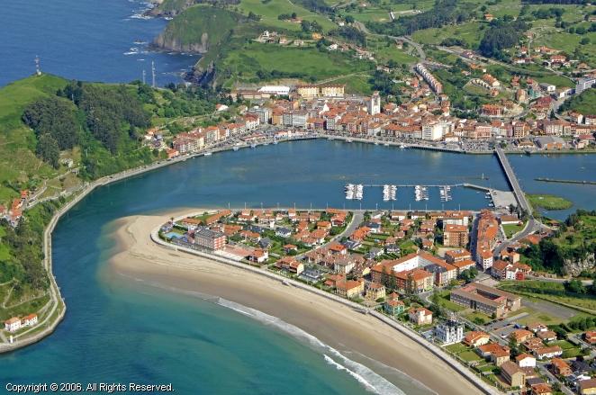 Ribadesella Spain  city images : Ribadesella Marina in Asturias, Spain