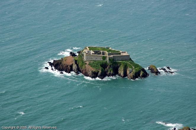 Pembrokeshire United Kingdom  city photos gallery : Thorn Island Fort, Pembrokeshire, Wales, United Kingdom