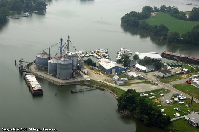 Chesapeake Boathouse Â« Boathouse District