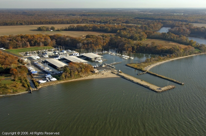 Chestertown (MD) United States  City new picture : Tolchester Marina in Chestertown, Maryland, United States