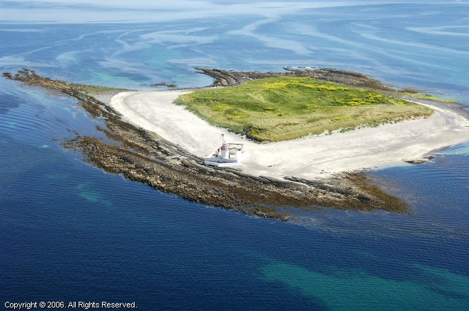 Straw Island Light