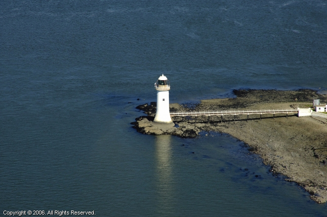 Tarbert Island Light