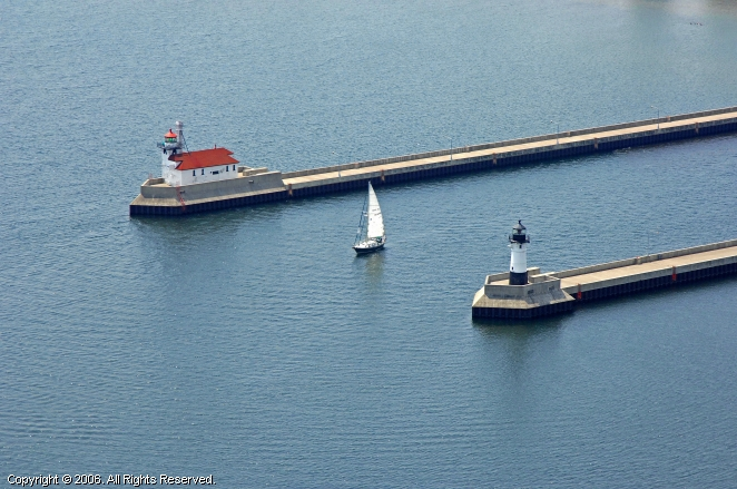 Duluth (MN) United States  city pictures gallery : ... Harbor North Breakwater Lighthouse, Duluth, Minnesota, United States