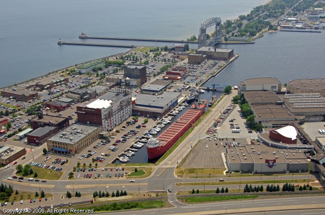 Duluth (MN) United States  City new picture : Waterfront Plaza Marina in Duluth, Minnesota, United States
