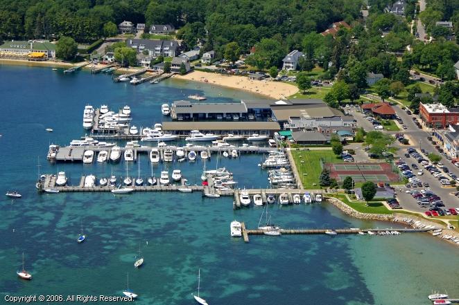 Harbor Springs (MI) United States  city photo : ... Springs Municipal Marina in Harbor Springs, Michigan, United States