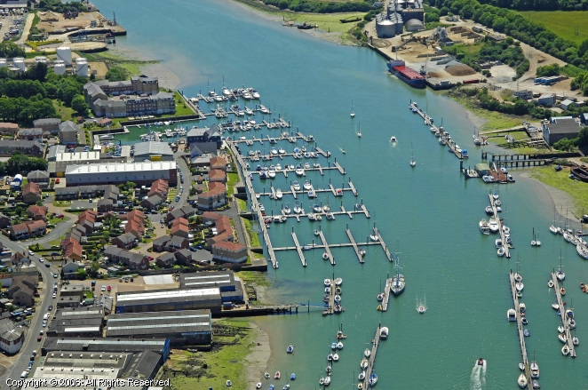 Cowes United Kingdom  city photo : ... Cowes Marina in East Cowes, Isle of Wight, England, United Kingdom