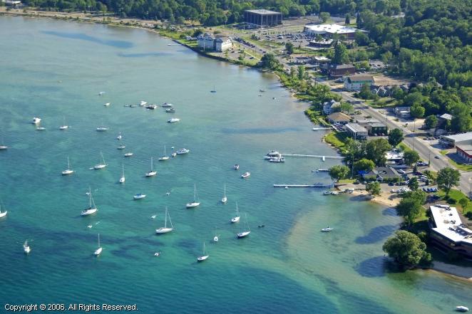 Michigan City (IN) United States  city photo : Grand Traverse Yacht Club in Traverse City, Michigan, United States