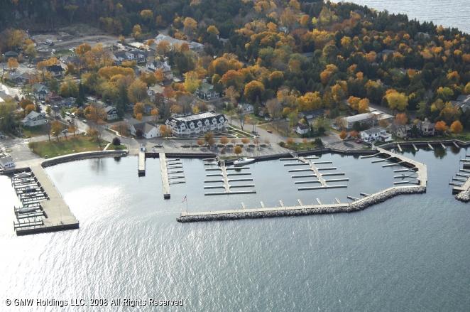 Alibi dock marina in fish creek wisconsin united states for Fish creek wisconsin