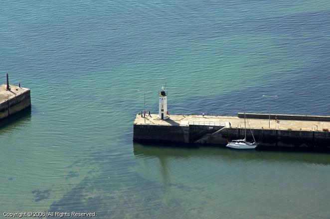 Anstruther West Pier Light