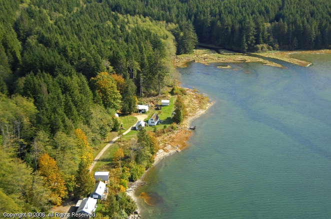 Forward harbour fishing lodge in on the strait of georgia for British columbia fishing lodges