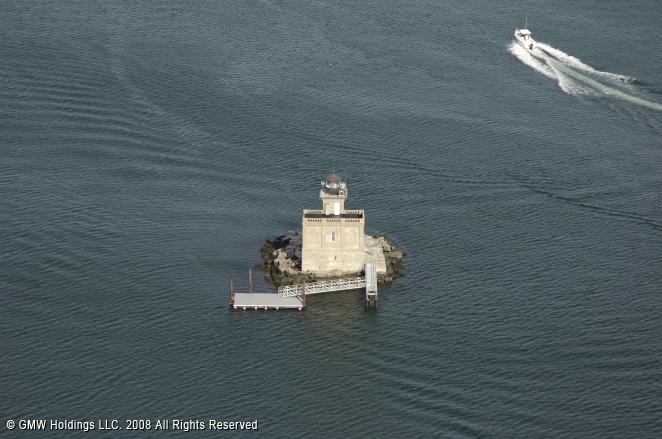 Huntington Harbor Light (Lloyd Harbor Light)