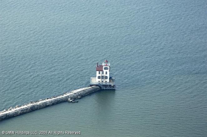 Black River Light (Lorain Lighthouse)