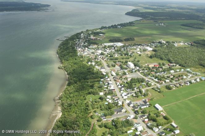 Saint-Laurent (QC) Canada  City pictures : ... Saint Laurent Harbour, Deschaillons sur Saint Laurent, Quebec, Canada
