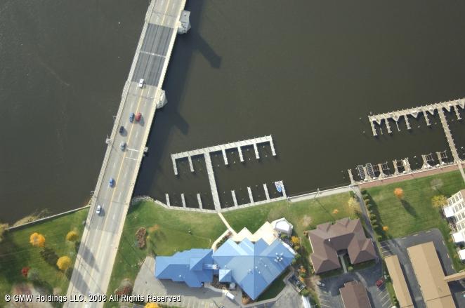 Oshkosh (WI) United States  City new picture : ... Waterfront Brewery & Restaurant, Oshkosh, Wisconsin, United States