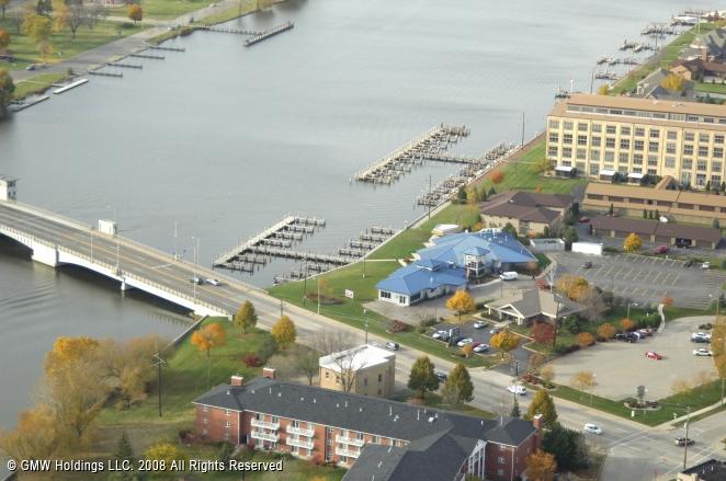 Oshkosh (WI) United States  city photos : ... Waterfront Brewery & Restaurant, Oshkosh, Wisconsin, United States