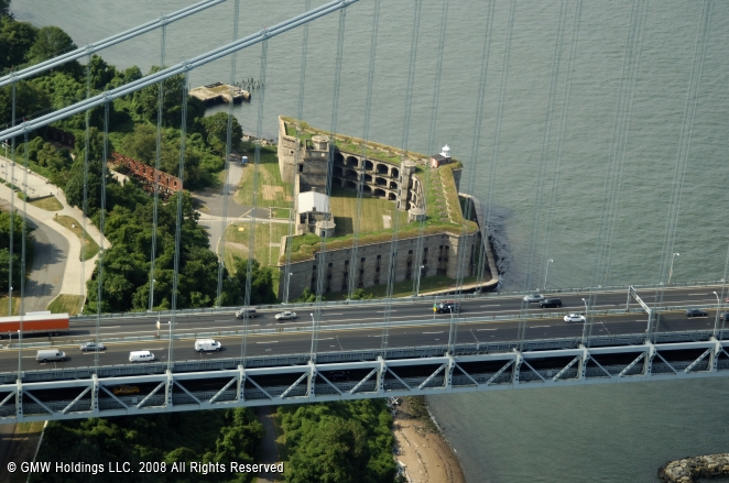 Fort Wadsworth Light