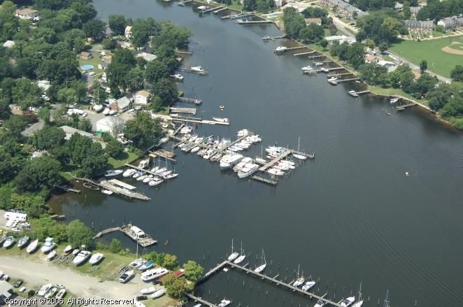 Lynch Cove Marina