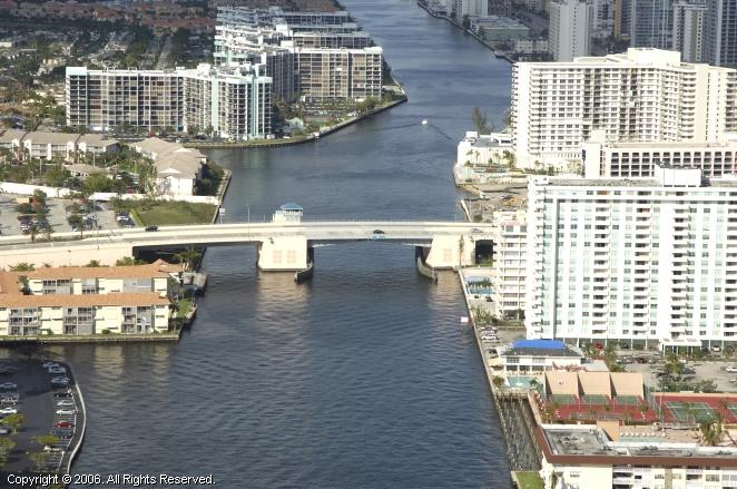 Hallandale Beach (FL) United States  City new picture : Hallandale Beach Boulevard Bridge, Hallandale, Florida, United States