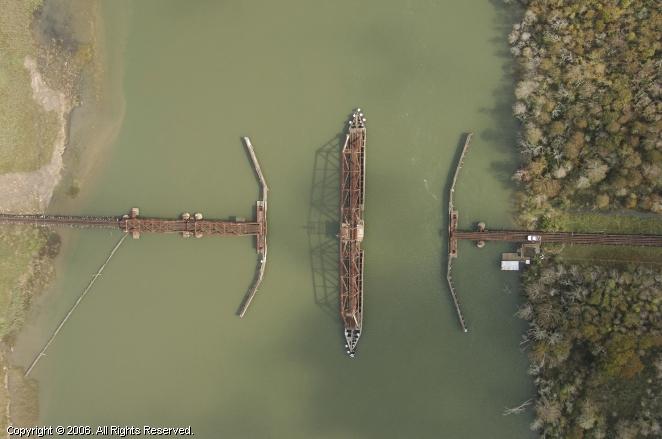 Apalachicola (FL) United States  city photo : Apalachicola Northern Railroad Swing Bridge, , Florida, United States