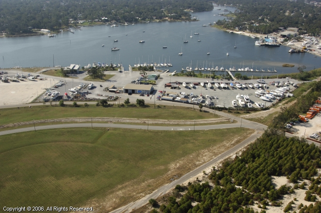 Pensacola Shipyard Marina and Boatyard in Pensacola ...