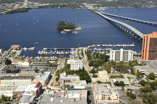 Florida City (FL) United States  city pictures gallery : City of Fort Myers Yacht Basin in Ft Myers, Florida, United States