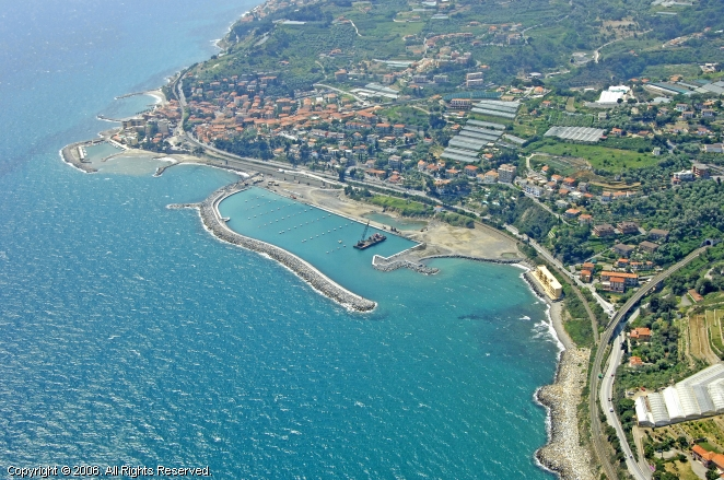 San Lorenzo Al Mare Italy  city photos : San Lorenzo Al Mare Marina in Liguria, Italy