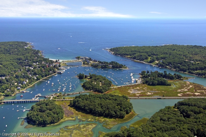 Your Local Tides on Free Tide Tables Tides Search by name zip or area code Tides States