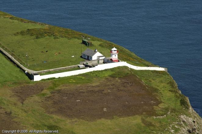 Kilcredaun Head Light (Kilcredaun Point Light)