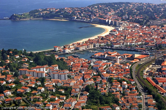Saint jean de luz marina in aquitaine france - Weather forecast st jean pied de port france ...