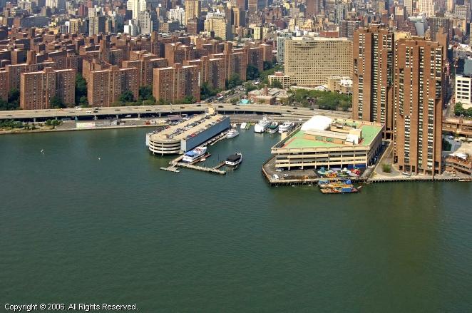 New York Skyport Marina