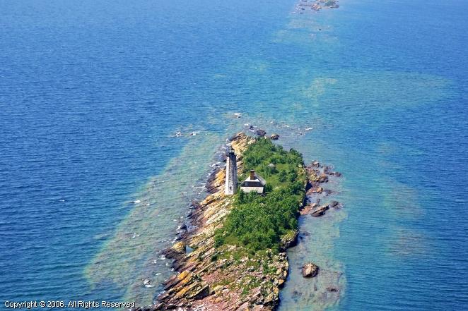Isle Royale Light (Menagerie Island Light)
